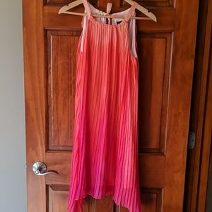 APT. 9 Coral ombre, pleated trapeze dress!!